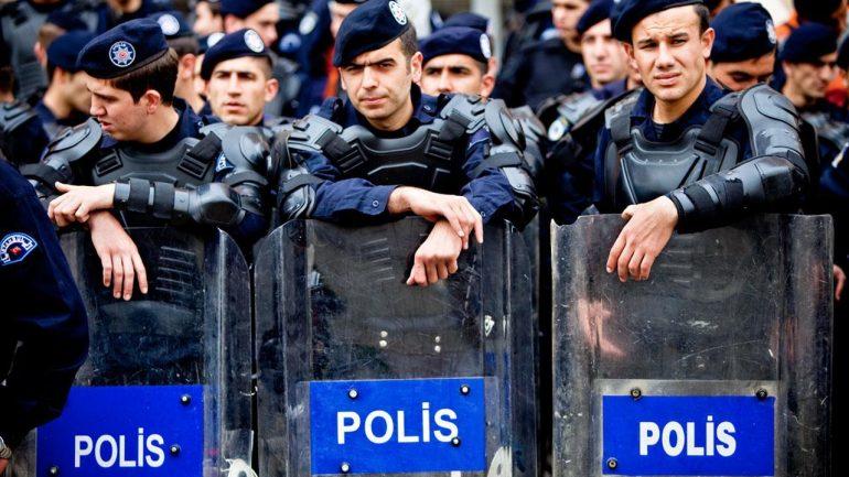 Rüyada Polis Görmek Ne Anlama Gelir, Neye İşarettir?