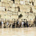 Rüyada Ağlayan Duvar Görmek Ne Anlama Gelir, Neye İşarettir?