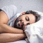 Birinin Uyuması