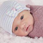 Rüyada Kız Bebek Sevmek