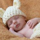 Rüyada Kundakta Kız Bebek Görmek